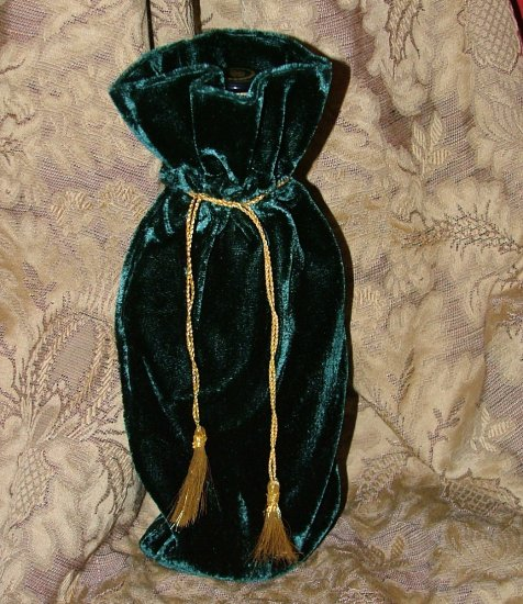"Reusable Velvet Wine Gift Bag - Green with Gold tassel 6"" x 14"""
