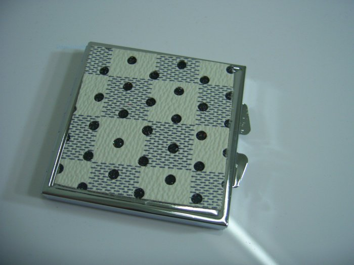 Square Shining White Dot Make Up Cosmetic Mirror Case
