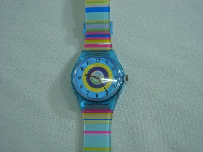 Blue Round Case Plastic Quartz  Wrist Watch w/ Battery