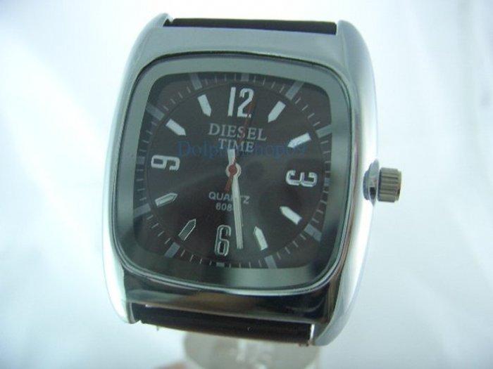 Black Square Case Leather Band Arabic Wrist Watch 4cm x 4cm