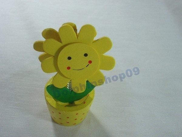 Yellow Wooden Desktop  Flower Memo Name Card  Clip