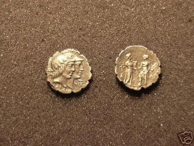(RR-25) Denarius of Q.Fufius Calenus COPY
