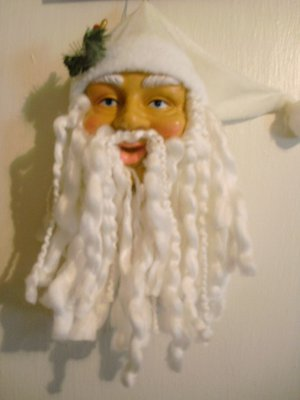 """Realistic Santa Clause With White Hat Ornament - 10 3/4"""" x 4"""" - NEW"""