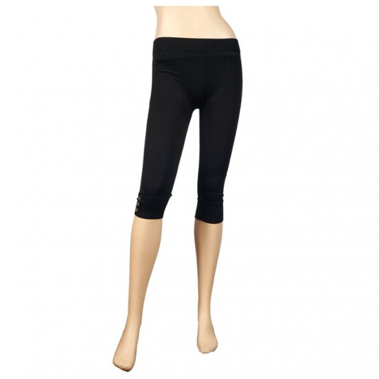 Button Accent Black Plus Size Capri Pants Legging 2X-3X