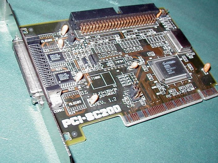 ASUS PCI-SC200 PCI SCSI CONTROLLER CARD EXT/INT 50 PIN