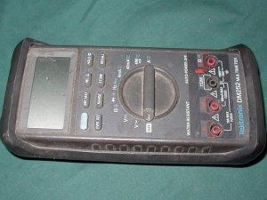 Tektronix DM252 Digital Multimeter