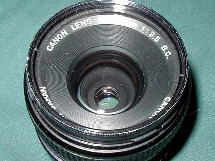 Canon FD 35mm 3.5 S.C. Wide Angle Lens
