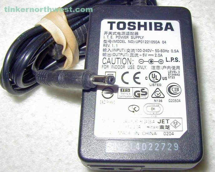 UP01221050A 04 Toshiba AC Power Adapter 5.0V 2.0A Supply