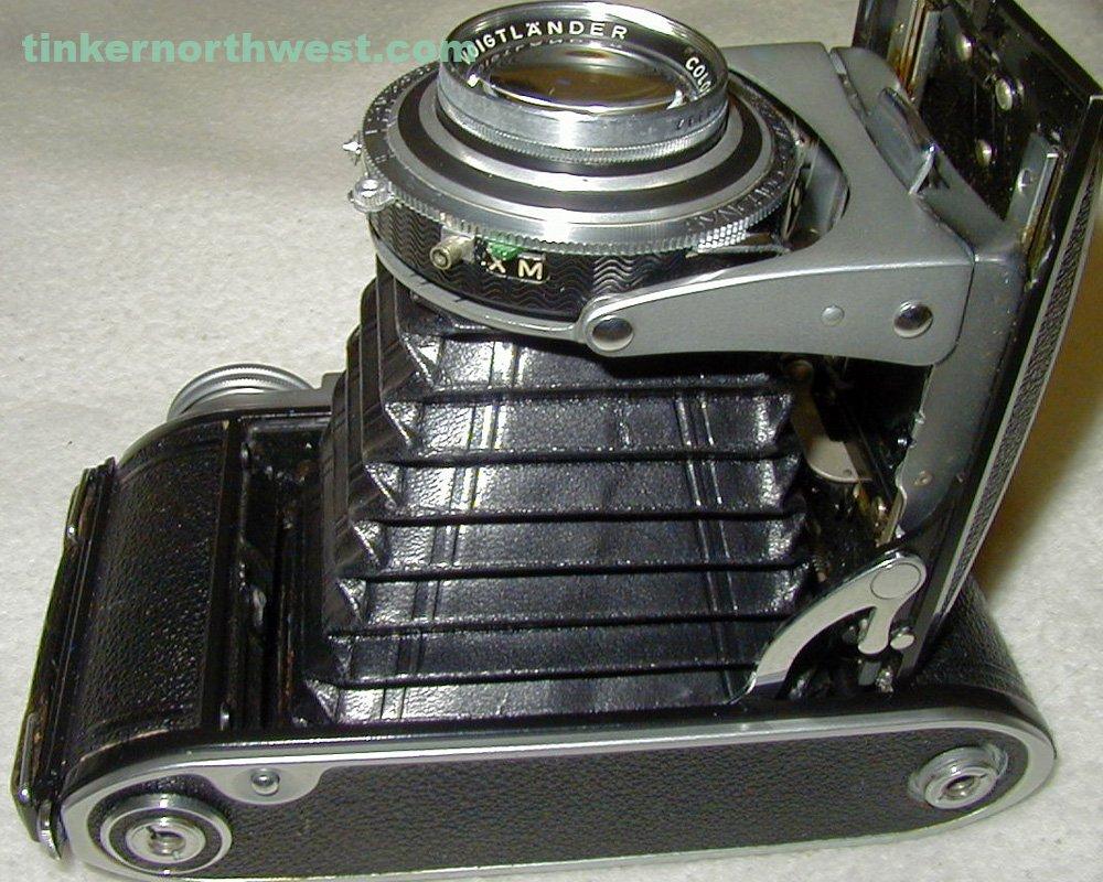 Voigtlander Bessa II SYNCHRO-COMPUR Color Heliar 105mm 3.5