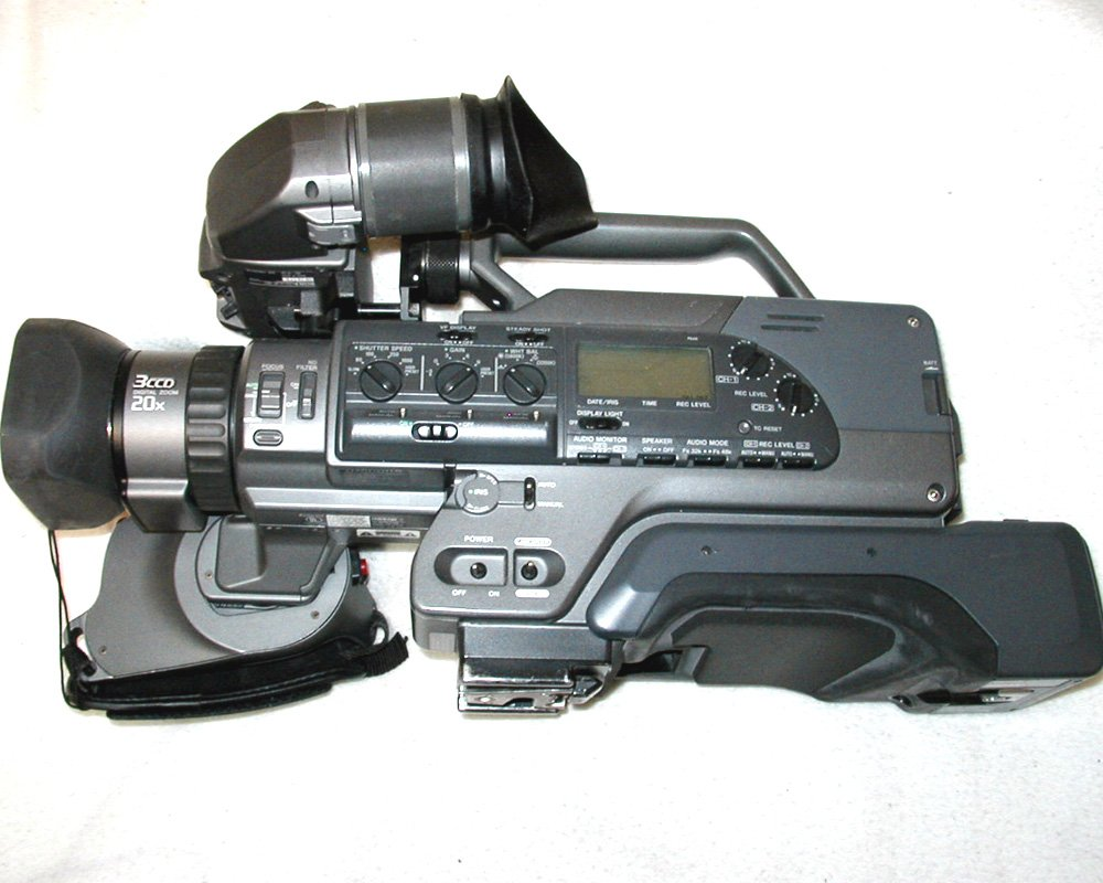 Sony 200A DVCAM Camcorder Video Camera