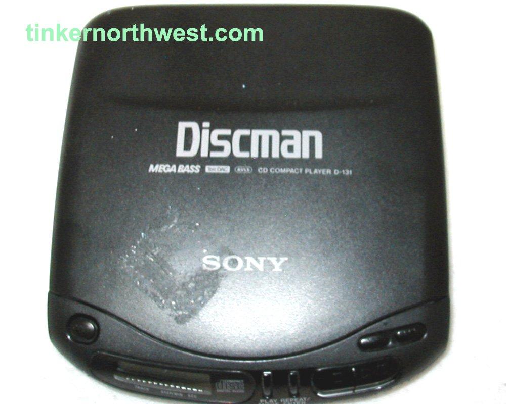 Sony Discman D-131 CD Player Mega Bass 1bit DAC AVLS