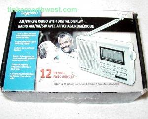 NexxTech 2019504 12 Bands AM FM SW Radio with Digital Display