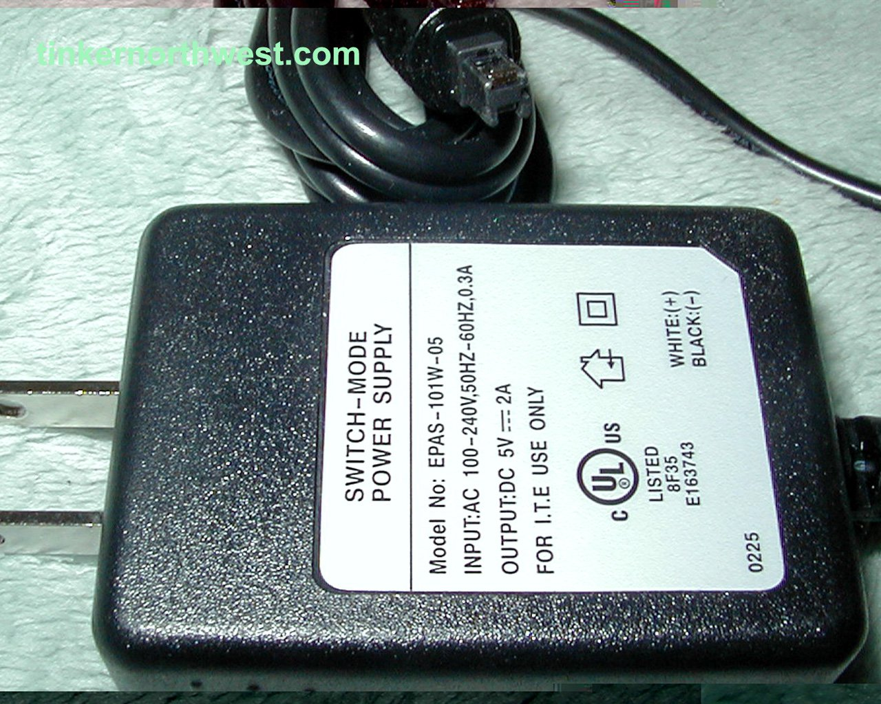 SWITCH-MODE Power Supply EPAS-101W-05 AC Power Adapter 5VDC 2A