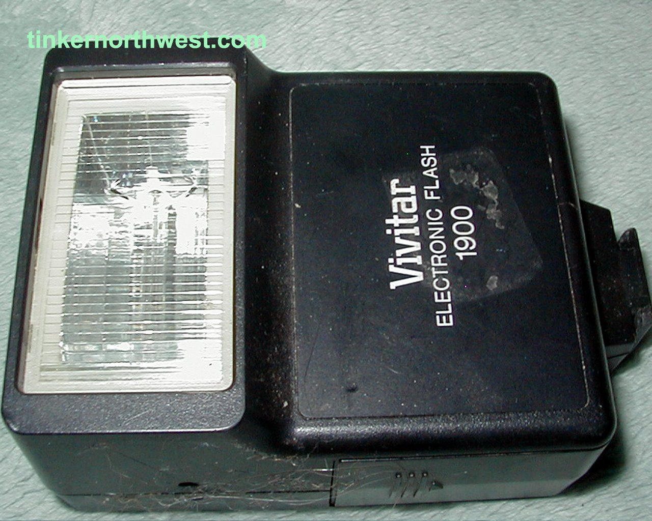 Vivitar 1900 Electronic Flash Hot Shoe