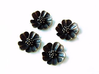 Bronze flowers (package of 4 pieces)