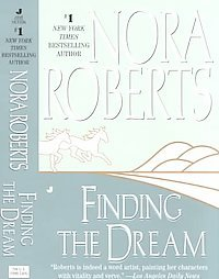 Finding the Dream by Nora Roberts pb books
