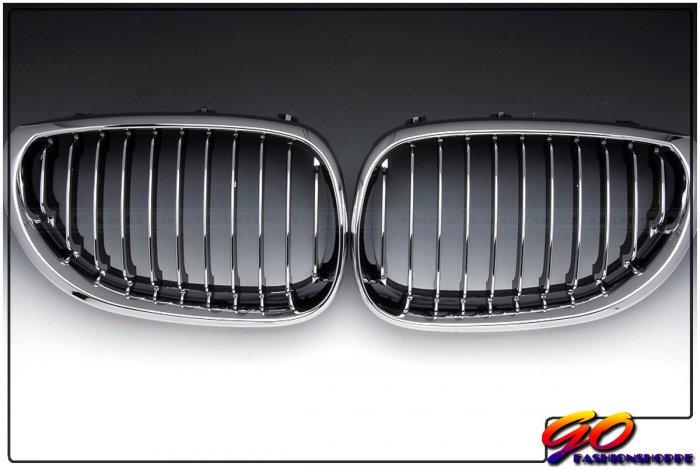 04~09 BMW E60 535 550 M5 Chrome/Black Front Grille-GRD6