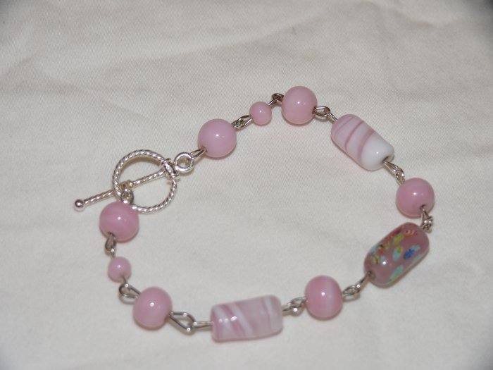 **SALE WAS $25 NOW $20 FREE SHIPPING**Pink cotton candy milk glass vintage artisian linked bracelet