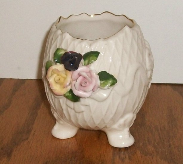 Ceramic Planter / Vase With Roses and Gold Trim