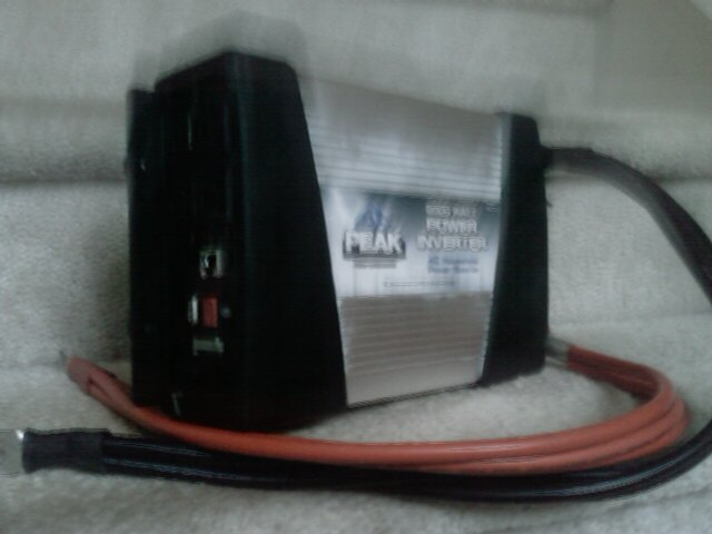 PEAK 2000 WATT POWER INVERTER