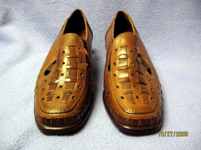 Naturalizer Bridget women's shoes 7.5 W tan