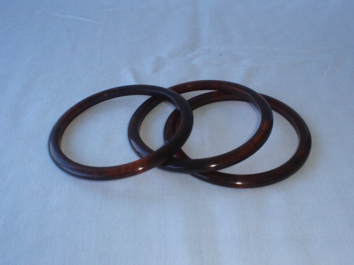 3 Vintage bakelite amber / turtouis colored bangles