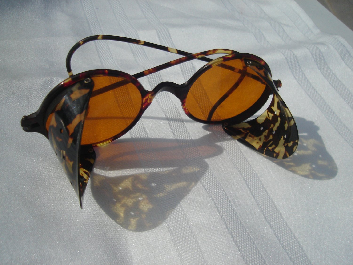 Vintage real tortoise shell sunglasses 1950 39 s 60 39 s for Real tortoise shell jewelry