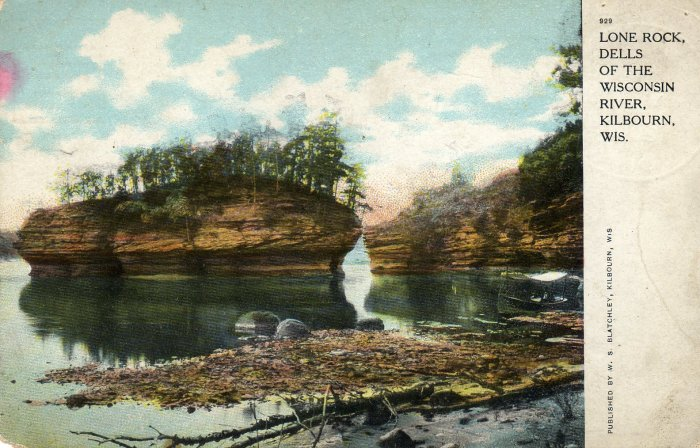 Kilbourn Wisconsin Postcard, Lone Rock, Dells of the Wisconsin River c.1900