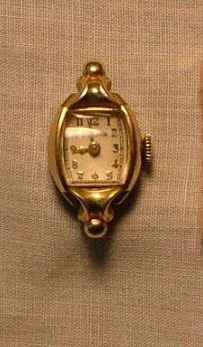 Bulova Women's Watch, Ornate Lugs & Curved Crystal c.1949