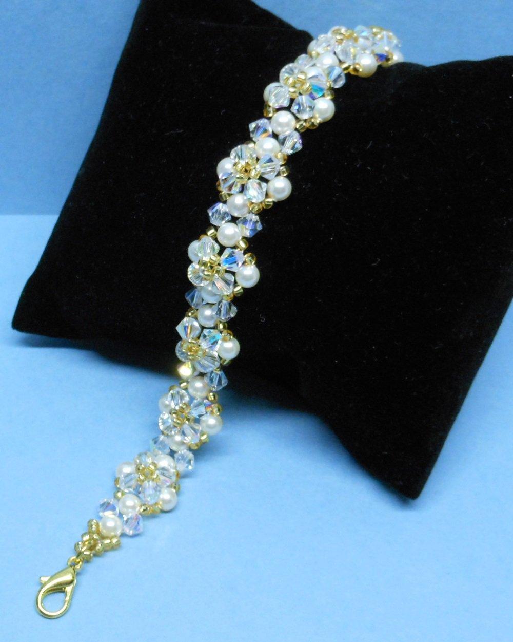 Swarovski cream Pearl Bridal Bracelet,Woven Bridal Bracelet, Swarovski Crystal Bridal Bracelet