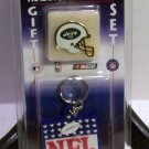 New York Jets NFL Football Key Chain Pin New Trading Collectible Gift Set