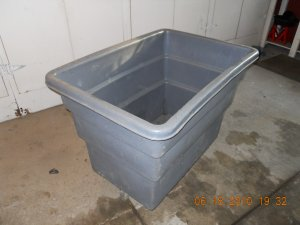 Large Rubbermaid Model 3712 Rolling Plastic Bin 13 8