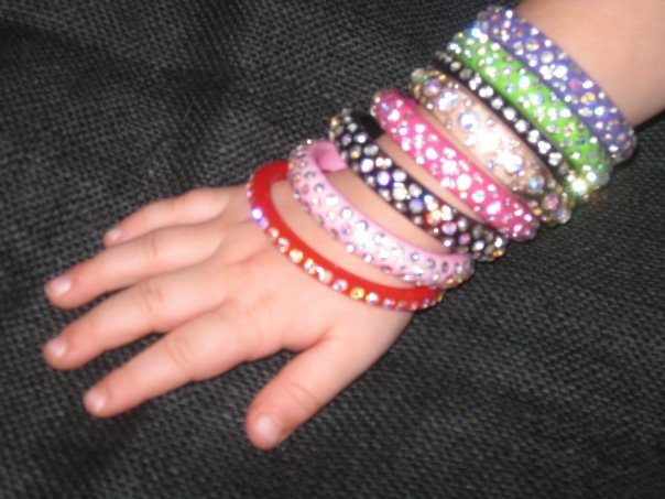 Little Girl Single Row Red Bangle Bracelet
