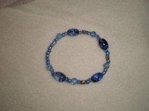 HANDMADE - BEADED BRACELET (SMALL)