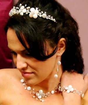 NWT ISLAND WEDDING KESHI PEARL CRYSTAL BRIDAL BRACELET