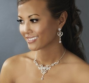 Stunning Silver Plated Crystal Bridal Wedding Prom Jewelry Set!