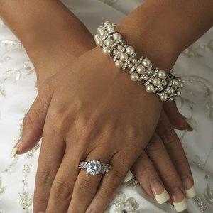 Rhinestone and White Pearl Bridal Wedding Stretch  Bracelet!