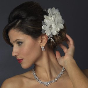 Ivory Triple Flower Wedding Hair Comb with Diamante Rhinestones and Pearls