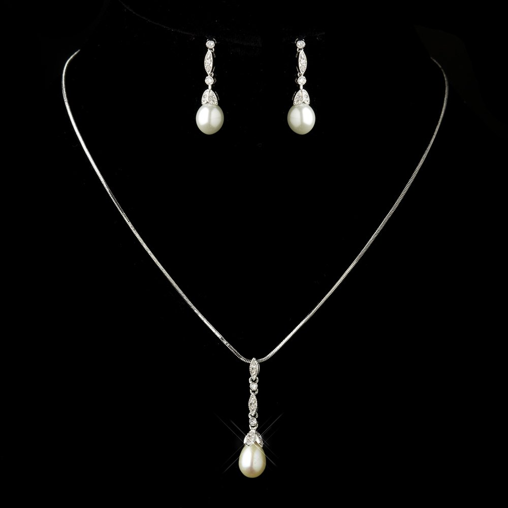Diamond white pearl and cz vintage look wedding jewelry set for Diamond pearl jewelry sets