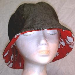 NEW~HANDMADE REVERSIBLE HAT~BLACK DENIM/RED FLORAL