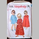 VINTAGE SEWING PATTERN~Toddlers' Robe & Nightgown~size 4~Simplicity #7375 (1967)