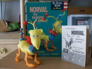 Vintage Revell Dr. Suess Zoo Norval the Bashful Blinket Mode Toy