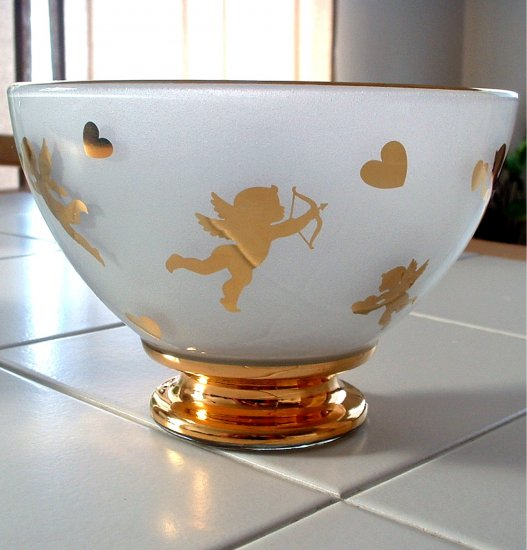 VALENTINES DECORATIVE COLLECTIBLE BOWL **NEW**