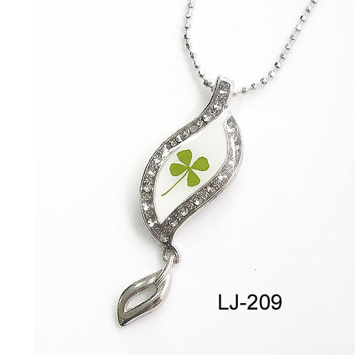 Necklace-04