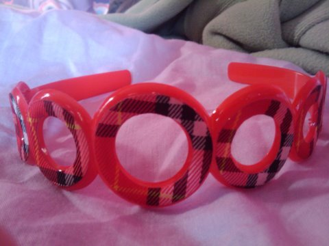 Checkered black and red headband
