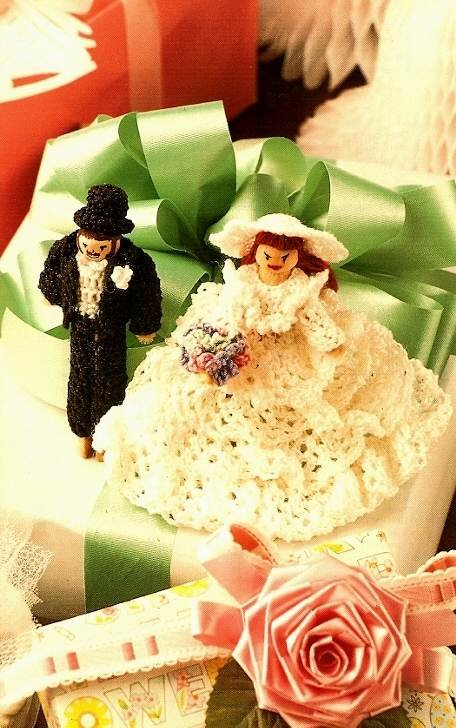 X541 Crochet PATTERN ONLY Bride & Groom Clothespin Doll Pattern Rare