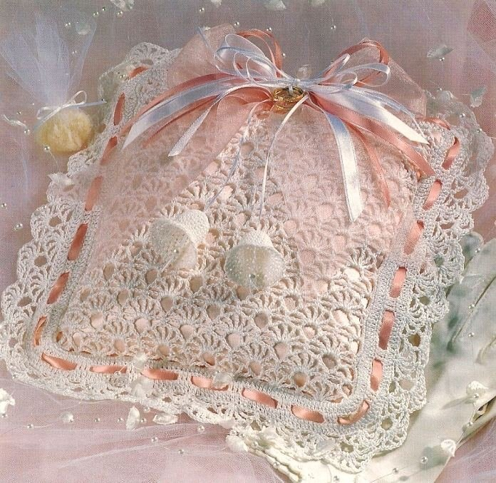 W167 Crochet PATTERN ONLY Ring Bearer's Pillow Wedding Pattern