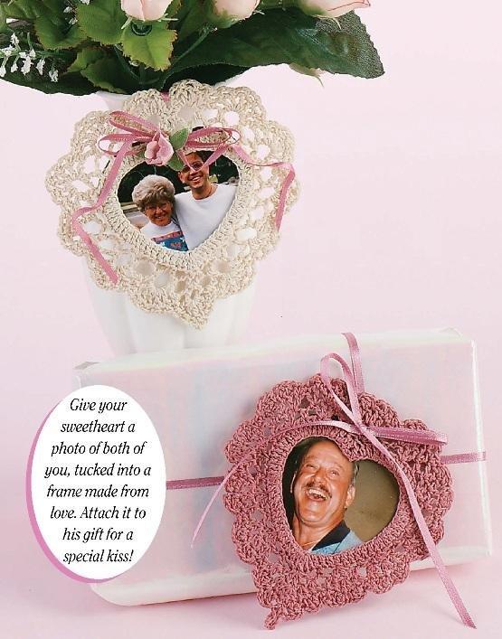 W231 Crochet PATTERN ONLY 2 Heart Shape Frames for Valentine's Day Pattern