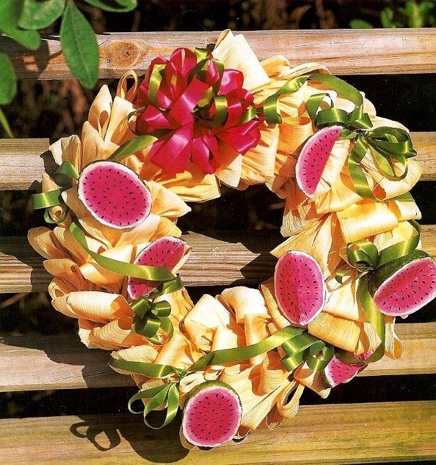 Y890 Craft PATTERN ONLY Corn-Husk Wreath with Paper-mache Watermelon Pattern