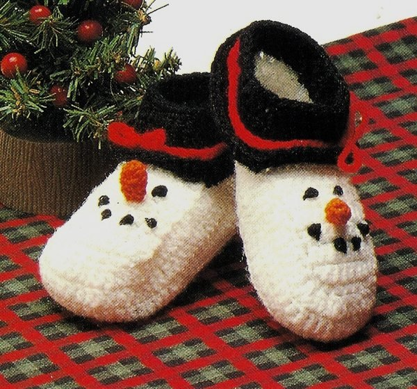 X253 Crochet PATTERN ONLY Snowman Baby Booties Pattern